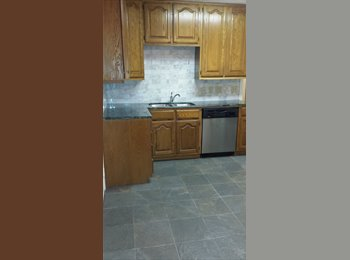 East dallas house for rent oak floors, kit marble counter...