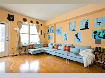 Beautiful condo in awesome Uptown!