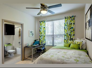 Looking for roommate in UCF area University House Apartment