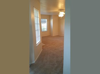 EasyRoommate US - Very nice master bedroom w/private bath  - The West Side, Fresno - $610 /mo