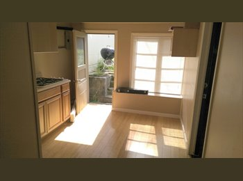 1 Private Studio Available - Parking/Laundry/yard/private...