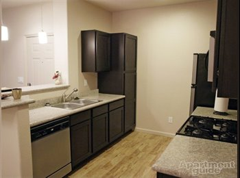 Nice Apartment w/own room and bath, near UNR