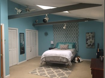 Large Master Bedroom w/ private entrance!