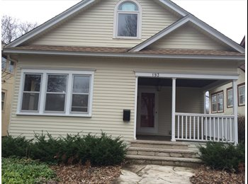 EasyRoommate US - Lovely St. Paul House with gardens - St Paul West, Minneapolis / St Paul - $475 /mo