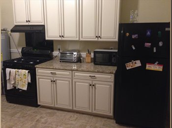 EasyRoommate US - Great Apartment in the Fan! - Richmond Central, Richmond - $583 /mo