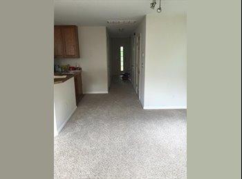 EasyRoommate US - Good Neighborhood, Chesapeake - $700 /mo