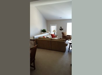 Seeking roommate for condo in Northeast Troy