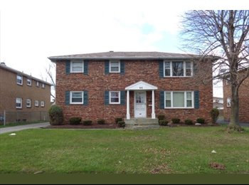EasyRoommate US - 3 bedroom apartment , Buffalo - $975 /mo