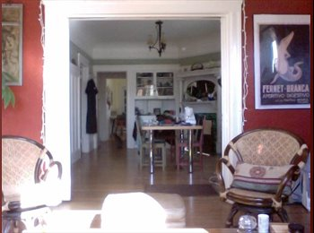 EasyRoommate US - fun, tidy roommate wanted for lareg gorgeous house - Emeryville, Oakland Area - $1,150 /mo