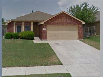 EasyRoommate US - Marine Creek Estates, Fort Worth - $800 /mo