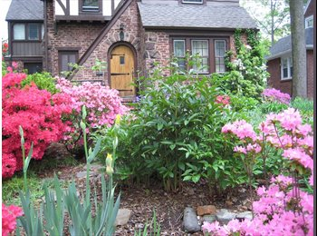 EasyRoommate US - Good size bedroom for rent in charming Tudor home - Teaneck, North Jersey - $800 /mo