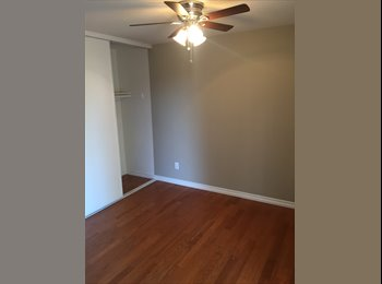EasyRoommate US - 2 Rooms available in Sylmar in a very nice house and neighborhood, Los Angeles - $950 /mo