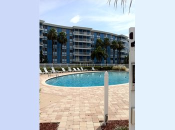EasyRoommate US - Live Well @ The WAVE - pool, weight room , St Petersburg - $525 /mo