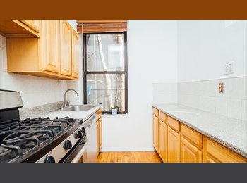EasyRoommate US - Newly renovated, includes utilities , Kings County - $950 /mo