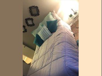 EasyRoommate US - Furnished room for rent (seeking female roommate), Colorado Springs - $450 /mo