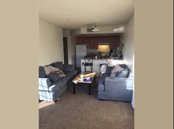 EasyRoommate US - Easy going roommate for Master bed room, Anaheim - $900 /mo