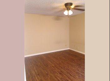 EasyRoommate US - Bedroom with Bathroom, Garden Grove - $780 /mo