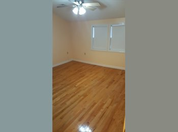 EasyRoommate US -  $1150 / 1300ft2 - HUGE 2 Bed 1 Bath Somerville, roommate needed! , Somerville - $1,150 /mo