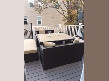 EasyRoommate US - Stunning Southie Apartment Near M Street Beach!, Boston - $1,300 /mo