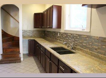 EasyRoommate US - OVERSIZED ROOMS IN SINGLE FAMILY CLOSE TO NEU, Boston - $900 /mo
