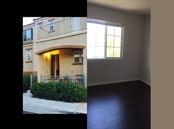 EasyRoommate US - Beautiful and Quiet Room For Rent!!, Las Vegas - $550 /mo