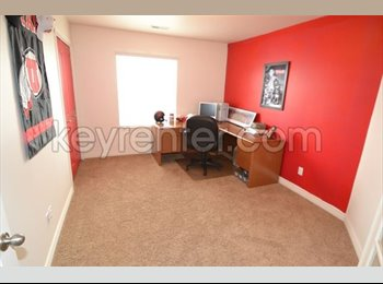 EasyRoommate US - Gorgeous room available 7/31/2016, South Jordan - $440 /mo