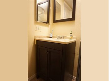 EasyRoommate US - SINGLE room For Rent in Townhouse (Playmor), San Diego - $890 /mo