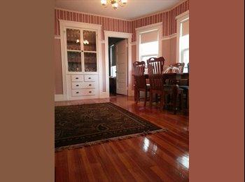EasyRoommate US - Natural light - Hardwood floors - Double Parlor living room - 5 min walk to JFK/Umass T Redline, Boston - $675 /mo