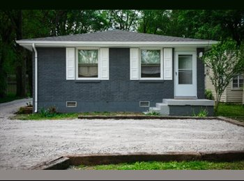 EasyRoommate US - Room to rent in sought out Inglewood Area, Nashville - $400 /mo