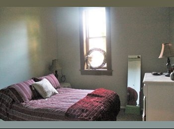 EasyRoommate US - Ravenswood 2bed 1 bath comfortable apartment, Chicago - $800 /mo