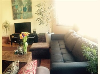 EasyRoommate US - Sunny Master Suite w Private Bathroom + Double Closets, San Francisco - $1,950 /mo
