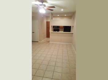 EasyRoommate US - MED CNTR - $700  NEW APPLIANCES, TILE/WOOD, VERY CLEAN!!! , Houston - $700 /mo