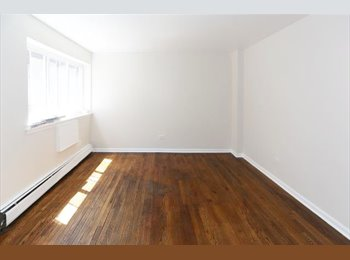 EasyRoommate US - Newly Renovated Apartment in Edgewater; Close to the beach & Red line (30 min to downtown), Chicago - $700 /mo