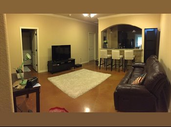 EasyRoommate US - Fully Furnished Townhouse, College Station - $600 /mo