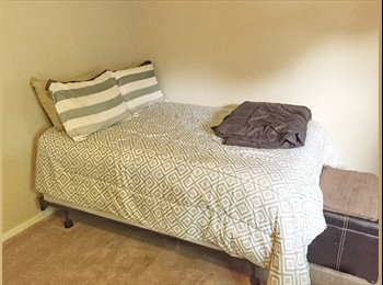 EasyRoommate US - Spacious furnished room in West Norman!, Norman - $500 /mo