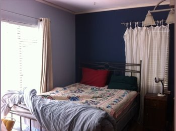 Two rooms available in  lovely Oakmore Home in Oakland