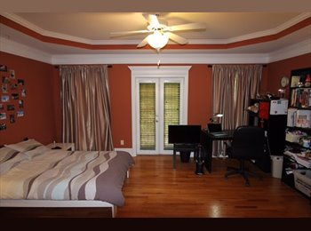 FURNISHED MASTER SUITE IN TOWNHOUSE - MINUTES WALK TO...