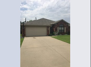 EasyRoommate US - Nice rooms for rent.  3.6 miles from OU, Norman - $400 /mo