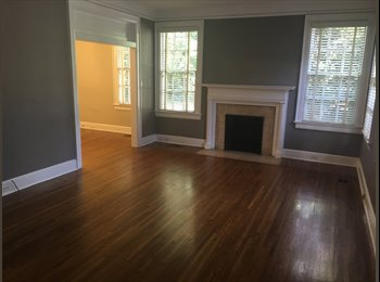 EasyRoommate US - Old Cloverdale Room for Rent! , Montgomery - $500 /mo