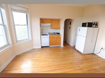 CENTER CITY / One Bedroom Apartment for Rent