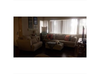 room for rent in furnished apartment near Fresno State