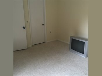 EasyRoommate US - Private Full Bathroom!!, Boynton Beach - $700 /mo