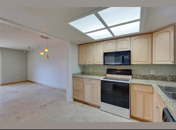 EasyRoommate US - Student Private Bedroom and Bath walking to UNLV, Gated,Pool, Parking Assigned, All Appliances Inclu, Paradise - $500 /mo