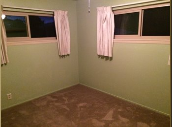 Room for rent in three bedroom duplex , great location...