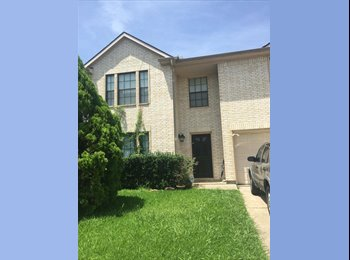 EasyRoommate US - Beautiful Home with a room for rent, Houston - $600 /mo