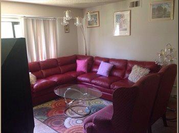 EasyRoommate US - Roommate., Woodbourne-Hyde Park - $701 /mo
