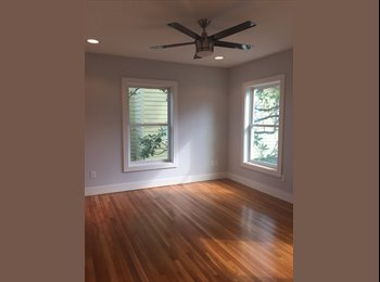 EasyRoommate US - Newly Renovated Home with Female Professionals, Houston - $900 /mo