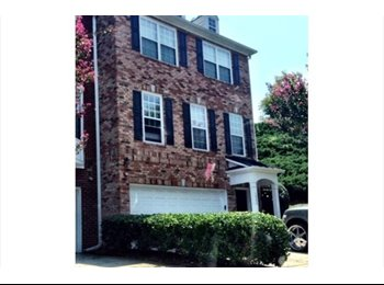 $550 Large Townhome - 1BR/1BA - All Utlities Included!