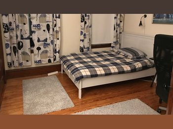 Large Room for Rent in Cambridge-walking distance to...