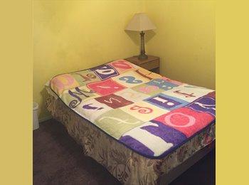 EasyRoommate US - furnished room for rent, Charleston Preservation - $425 /mo